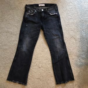 AMO mid rise cropped flare Jean size 26